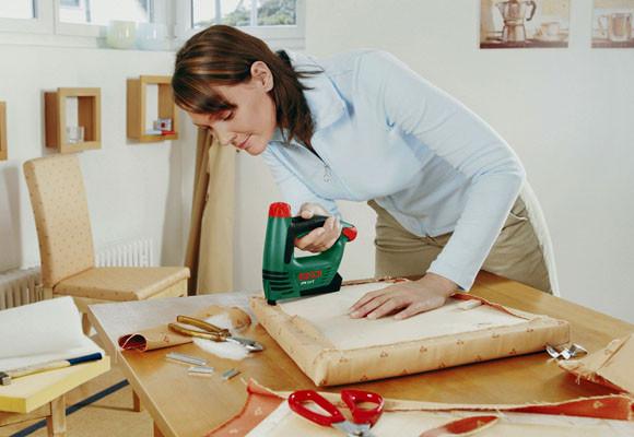 C mo retapizar un sill n de forma casera foro decoraci n - Como tapizar un sofa en casa ...